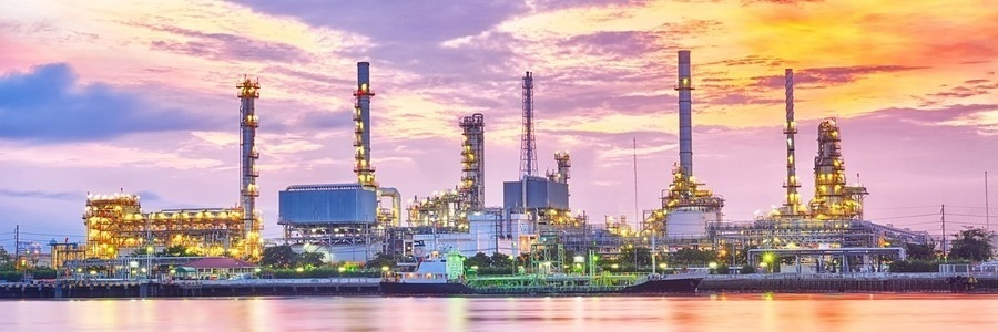 Landscape landscape oil refinery industry plant at twilight morning 212050282 e1421494852469